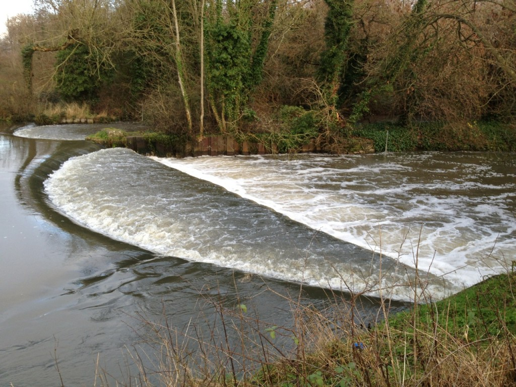 The rushing River Colne